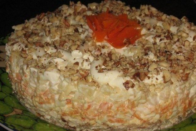Слоеный салат «Валентина»