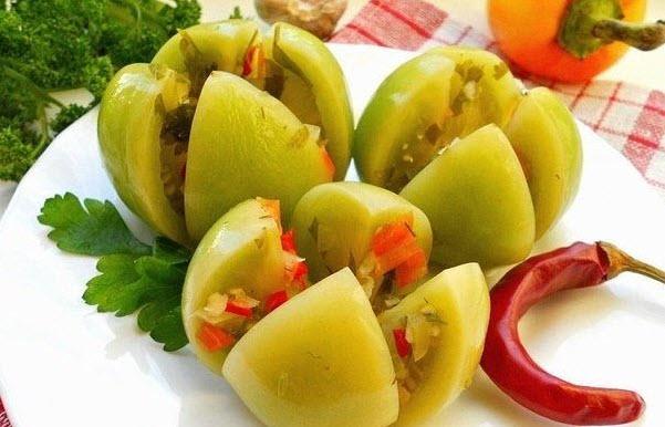 Квашенные острые зеленые помидоры фото