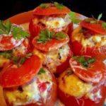 фаршированные помидоры с мясным салатом