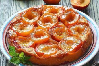 Это вам не обычный пирог, это тарт-татен с персиками «Белоснежка»